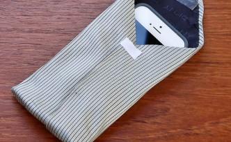 Чехол для телефона из галстука
